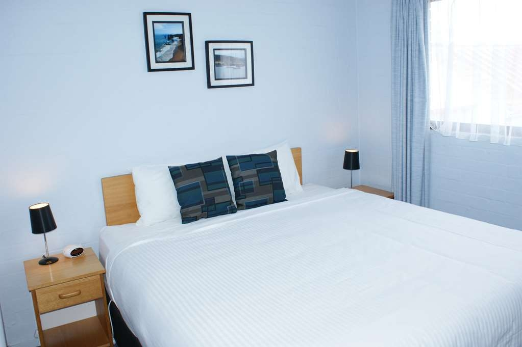 Best Western Apollo Bay Motel and Apartments - 2 Bedroom Self Contained Apartment - 1 King, 1 Single ed, 1 Bunk - King Bed