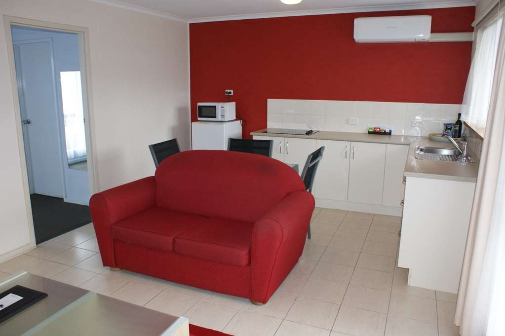 Best Western Apollo Bay Motel and Apartments - 1 bedroom self contained apartment - Kitchenette