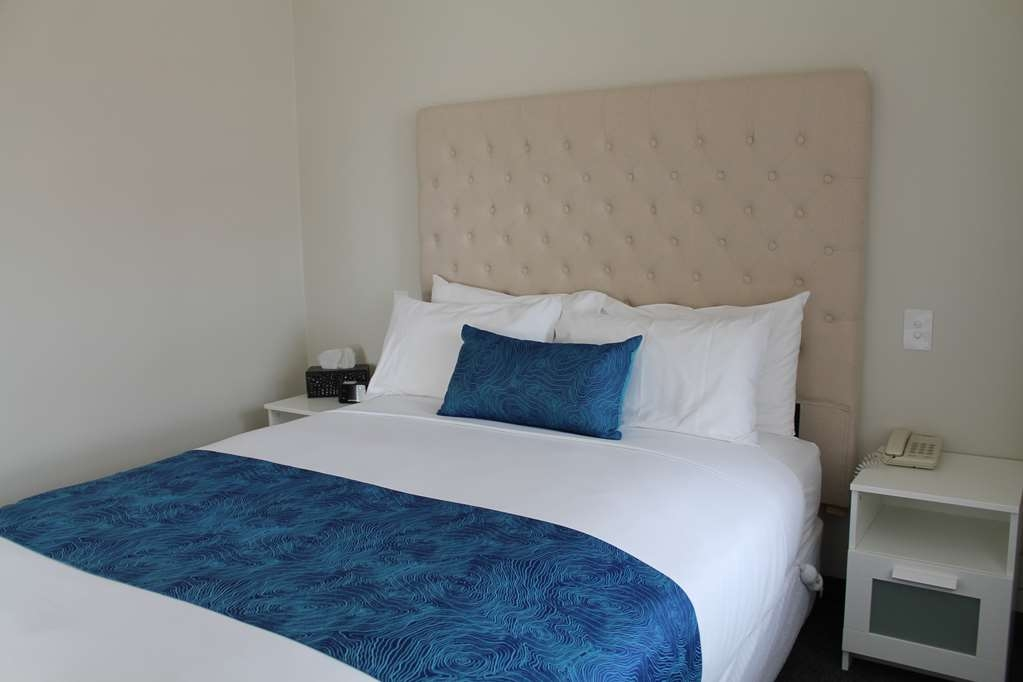 Best Western Robe Melaleuca Motel & Apartments - Main Bedroom New Bedroom