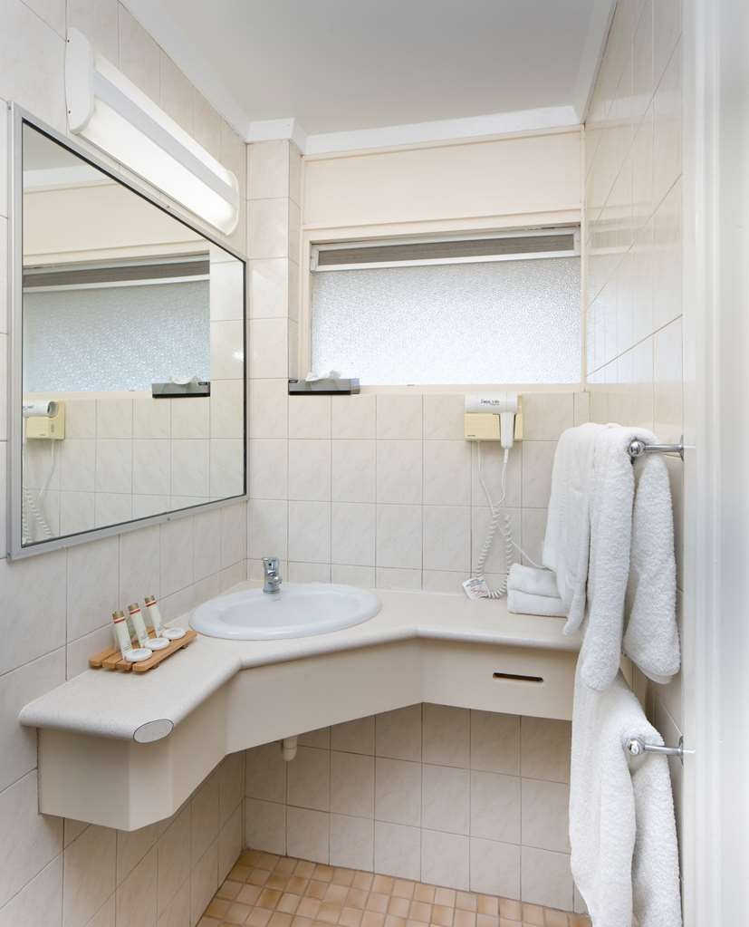 Hospitality Geraldton, SureStay Collection by Best Western - Badezimmer