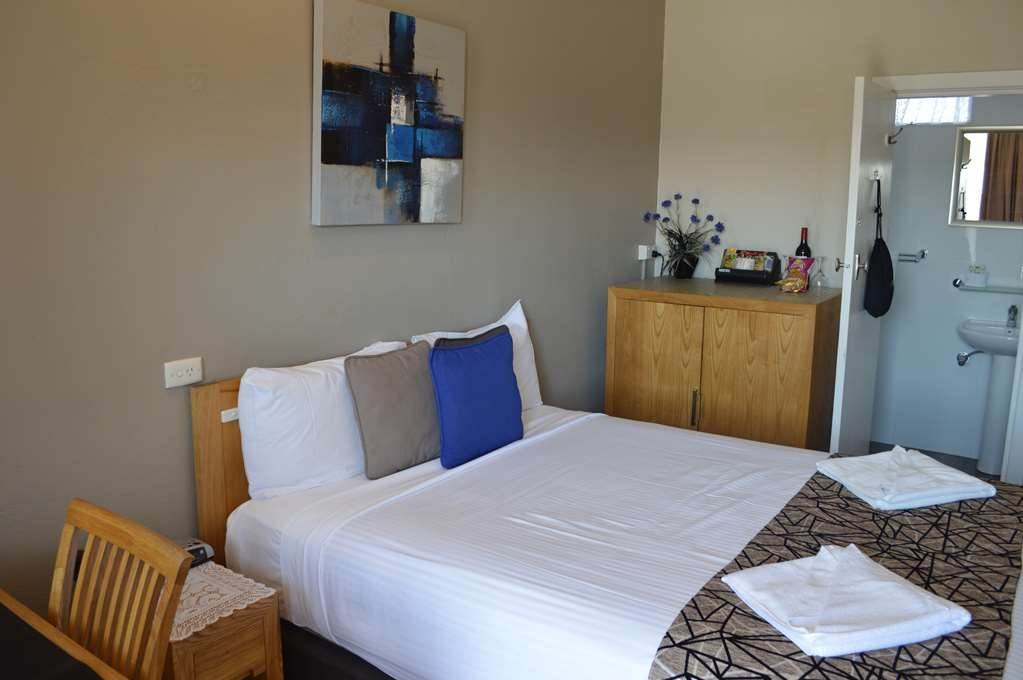 Best Western Endeavour Motel - Standard Queen