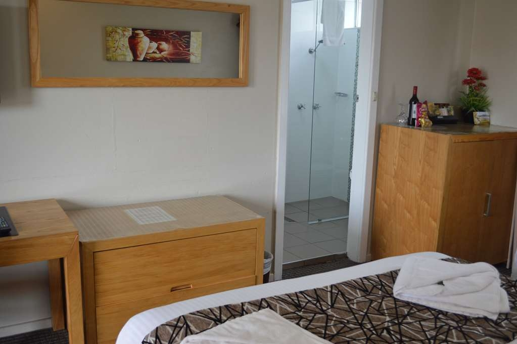 Best Western Endeavour Motel - Queen Room