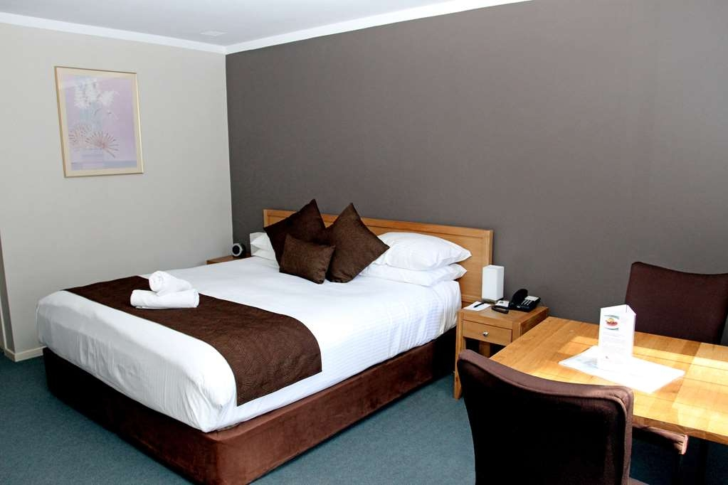 Best Western Hospitality Inn Esperance - Executive King Room