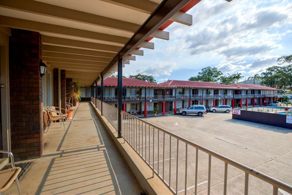 Best Western Zebra Motel - Außenansicht