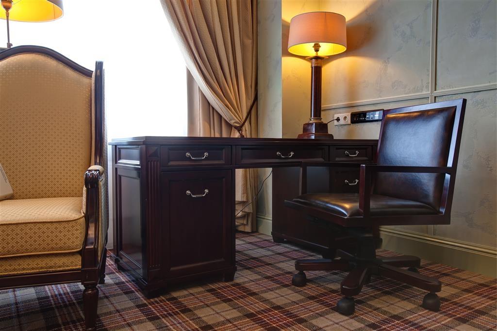 Best Western Plus Spasskaya - Superior Guest Room- Queen Bed