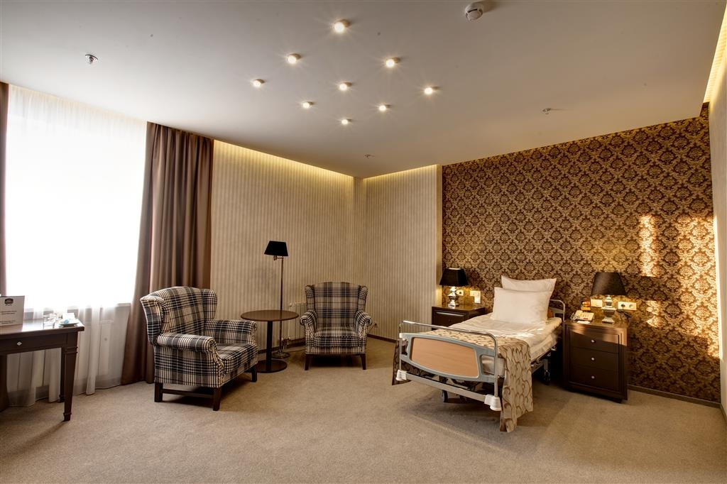 Best Western Plus Spasskaya - Mobility Accessible Twin Bed Guest Room