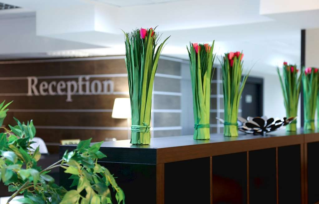 Best Western Kaluga Hotel - Best Western Kaluga Hotel offers 96 comfortable and modern rooms, complimentary full breakfast, free secure parking and free Wi-Fi throughout the hotel.