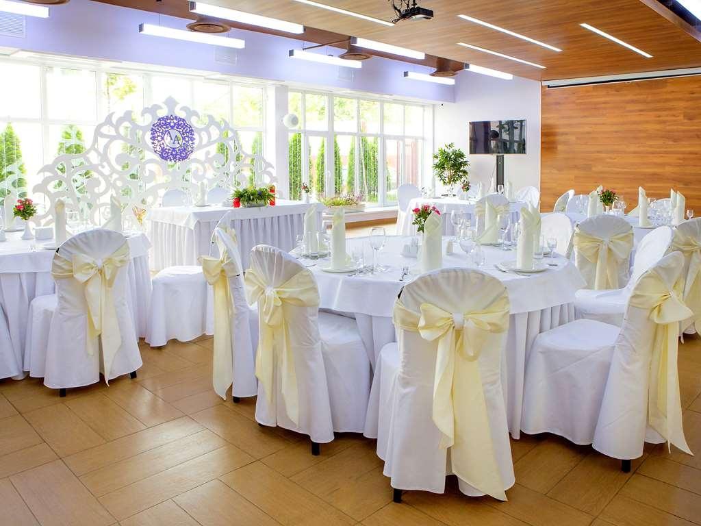 Best Western Kaluga Hotel - buffet
