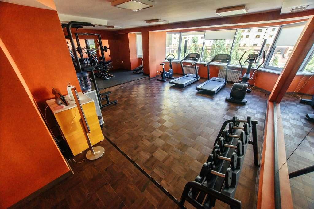 Best Western Plus Astana - Fitnessstudio