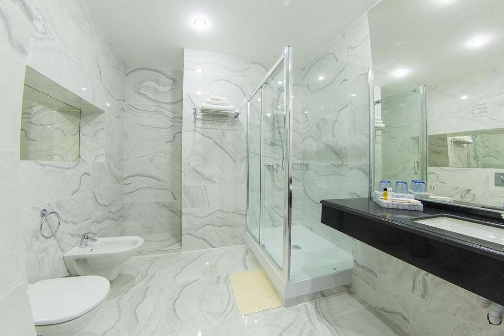 Best Western Plus Astana - Gästezimmer/ Unterkünfte