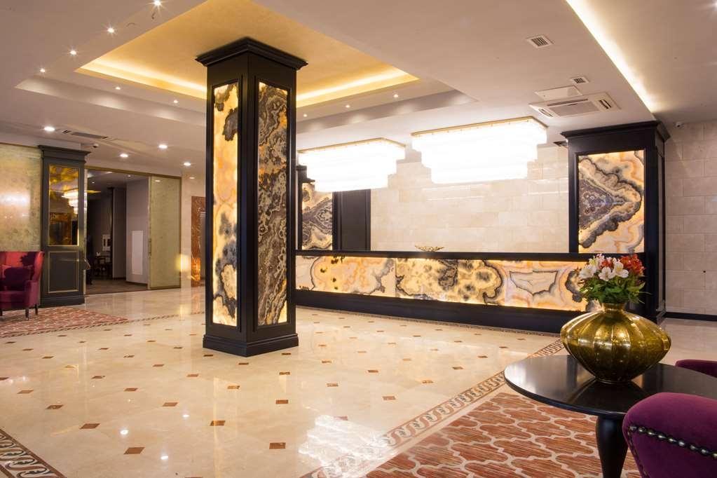 Best Western Plus Astana - Lobbyansicht