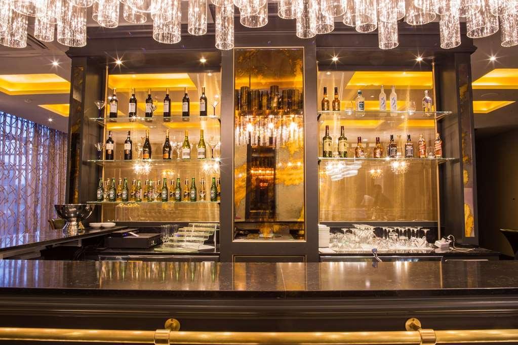 Best Western Plus Astana - Bar/Lounge