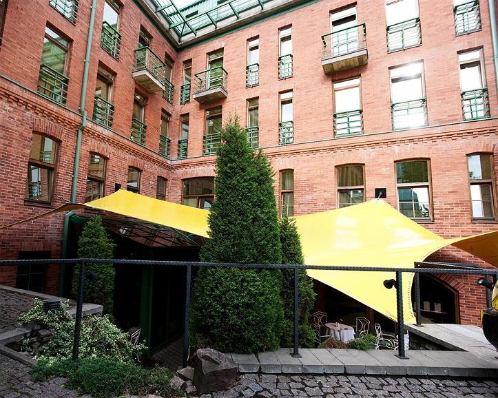 Best Western Santakos Hotel - Aussenansicht