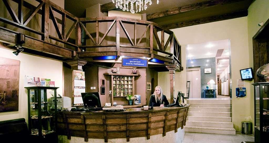 Best Western Santakos Hotel - Lobbyansicht