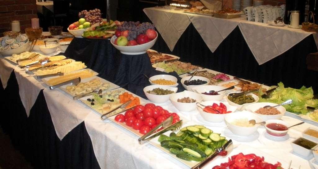 Best Western Santakos Hotel - Prima colazione a buffet