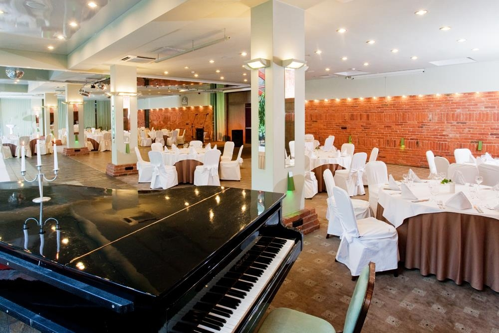 Best Western Vilnius - Banquet with Piano