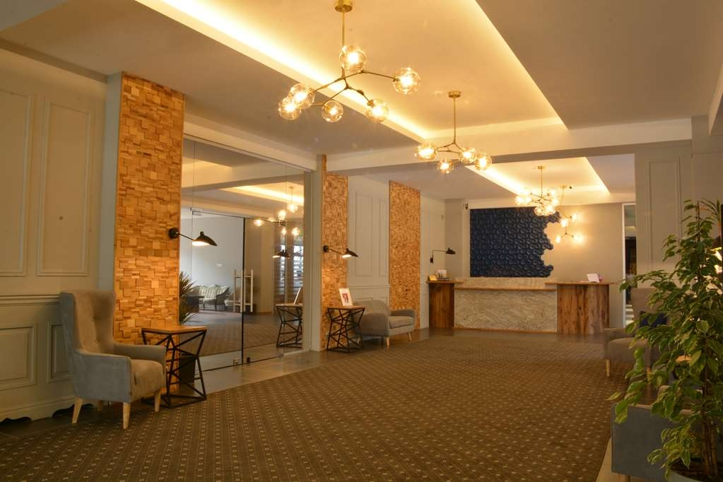 Best Western Tbilisi Art Hotel - Reception Desk