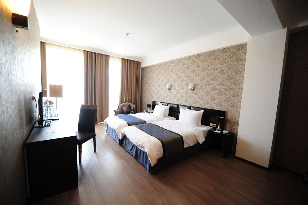 Best Western Tbilisi Art Hotel - Two Single Beds - 3rd Single
