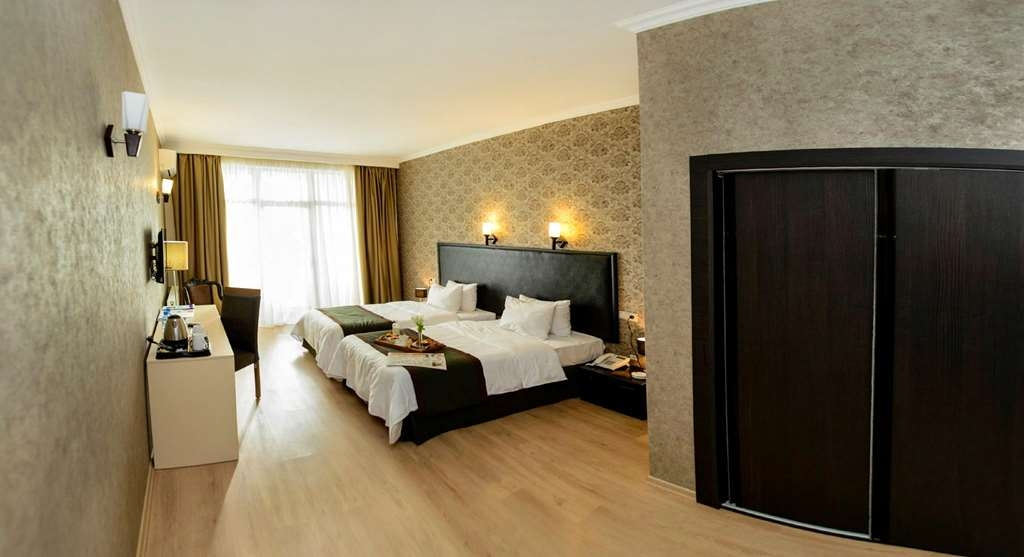 Best Western Tbilisi Art Hotel - Suite Two Beds