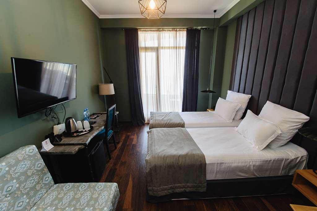 Best Western Plus Batumi - Twin sea view - 2 Single Beds in BWPL Batumi