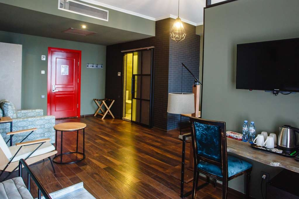 Best Western Plus Batumi - Family Room Amenities