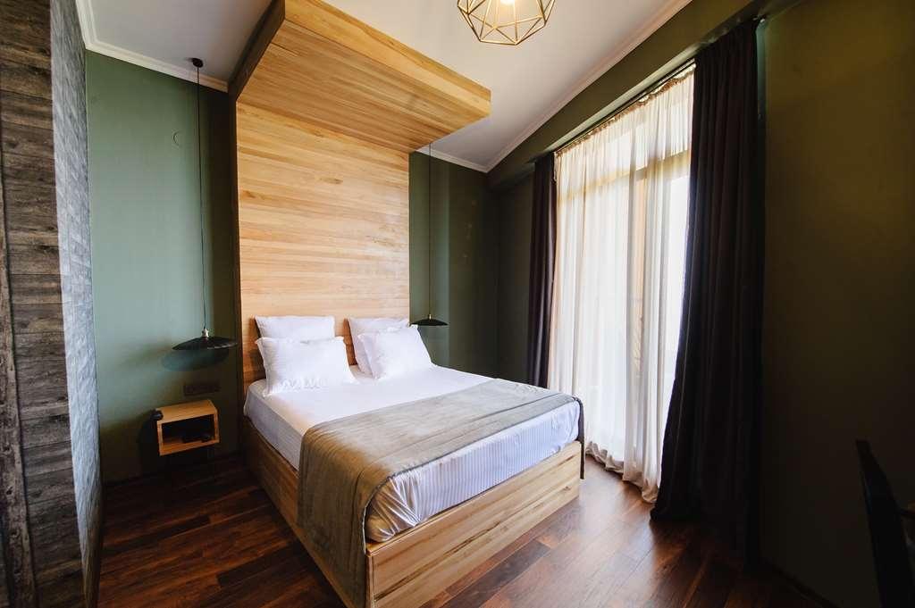 Best Western Plus Batumi - Deluxe Sea View Room