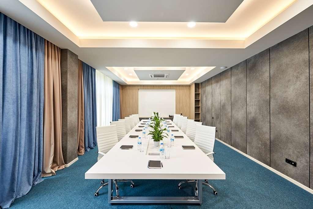 Best Western Tbilisi City Center - Salle de réunion