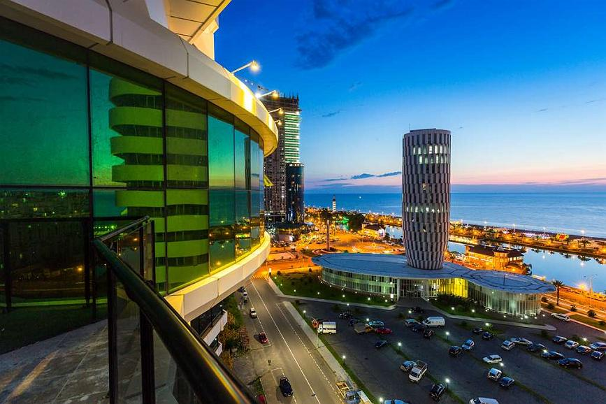 Best Western Premier Batumi - Aussenansicht