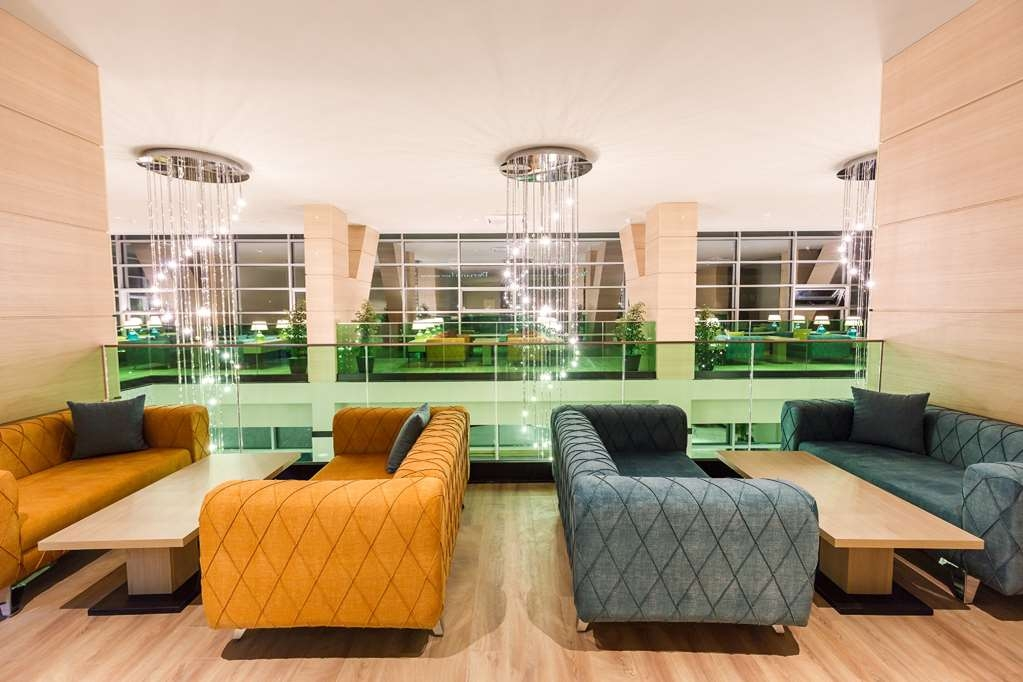 Best Western Premier Batumi - Bar / Lounge