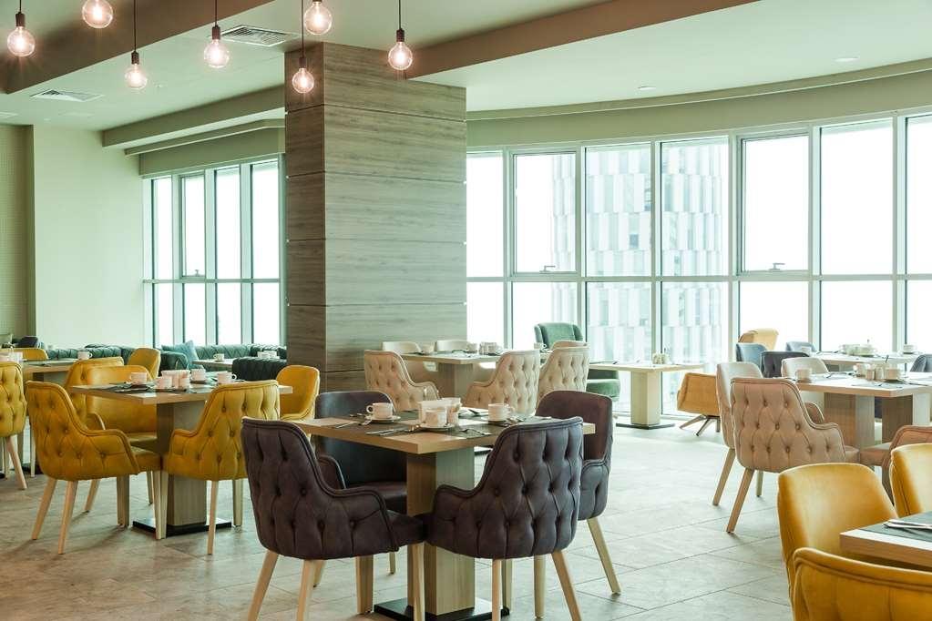 Best Western Premier Batumi - Restaurant / Etablissement gastronomique