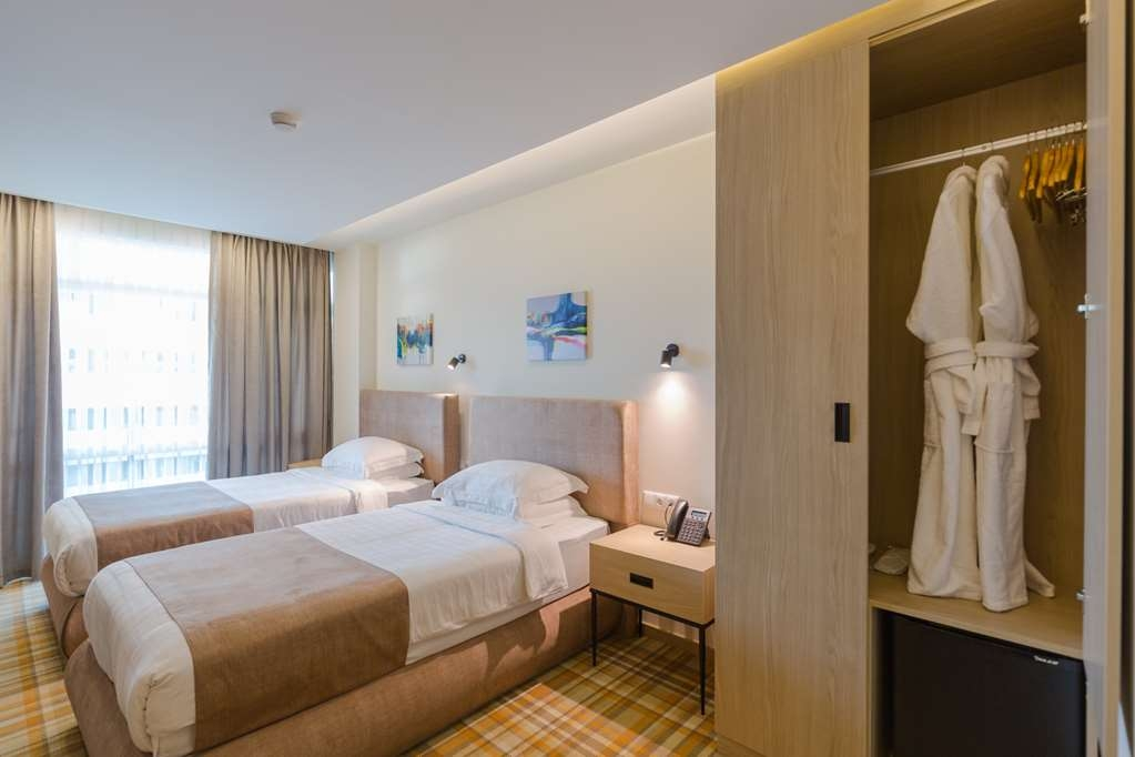 Best Western Premier Batumi - Standard Room with twin bed