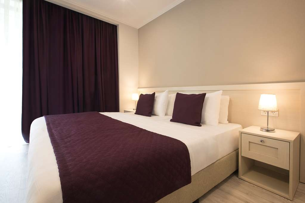 Best Western Sairme Resort - Executive Guest Room with One King Size and One Queen Size Bed