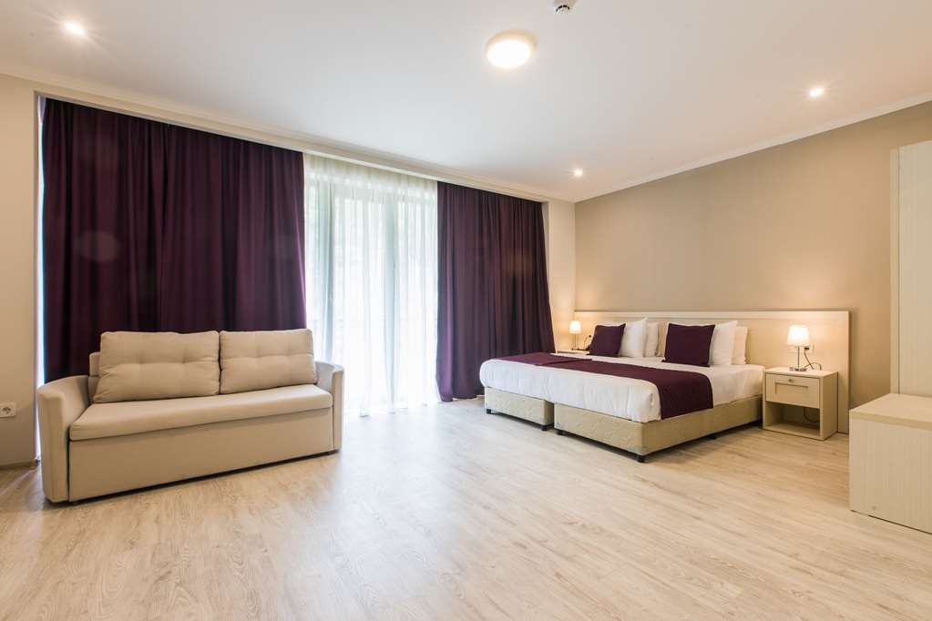 Best Western Sairme Resort - Family Room with One King Size Bed and One Twin Size Bed