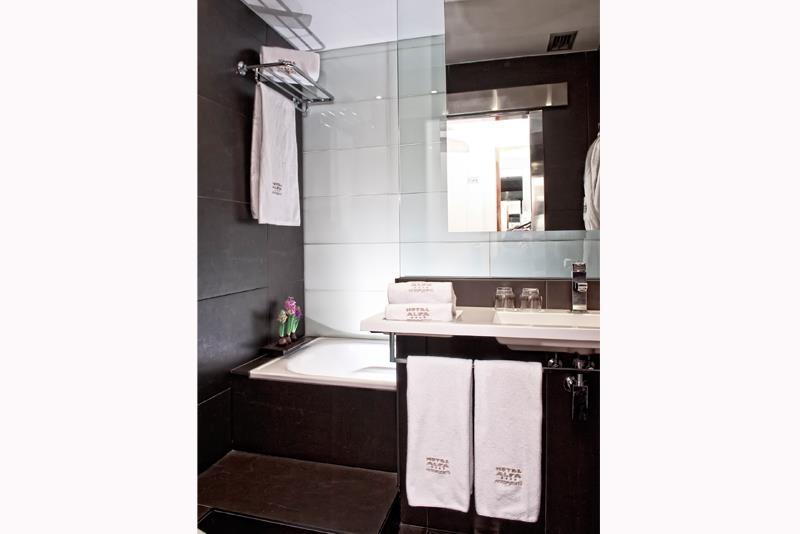 Best Western Plus Hotel Alfa Aeropuerto - Salle de bains