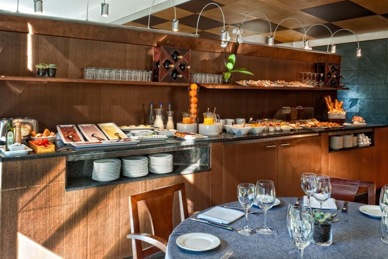 Best Western Plus Hotel Alfa Aeropuerto - Petit déjeuner buffet