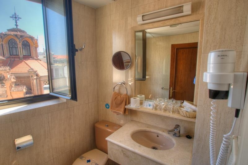 Best Western Hotel Los Condes - Guest Bathroom