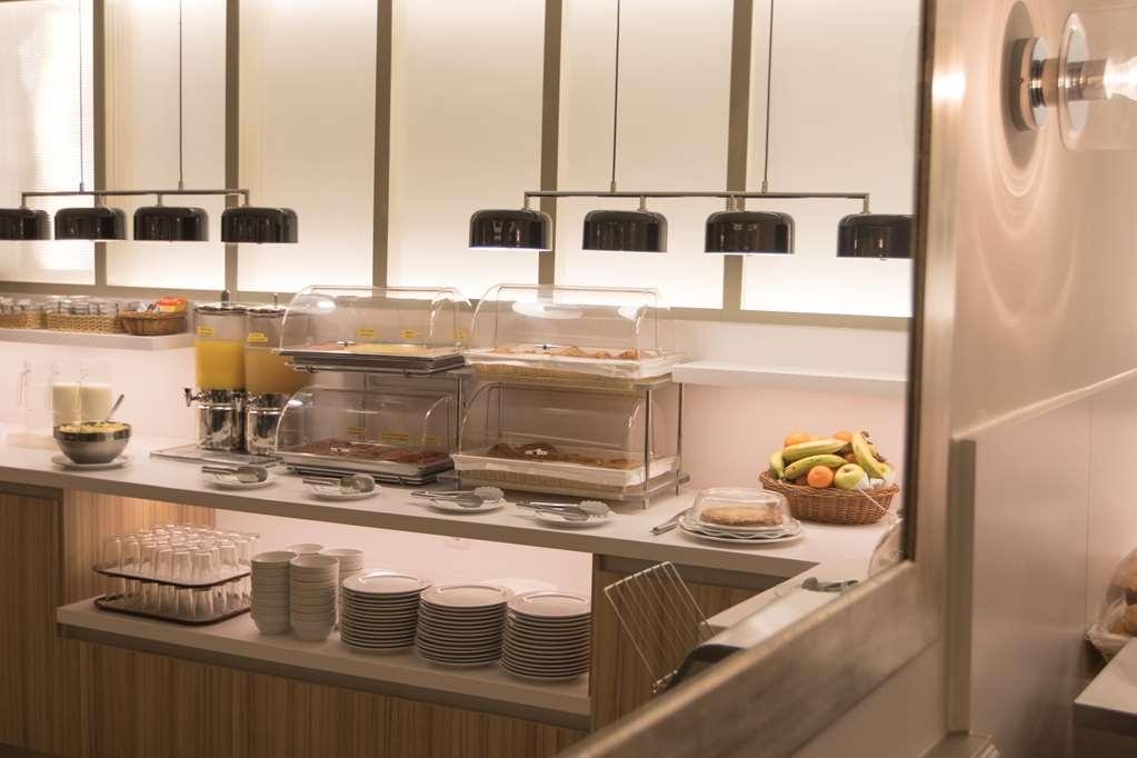 Best Western Hotel Los Condes - Le petit déjeuner buffet