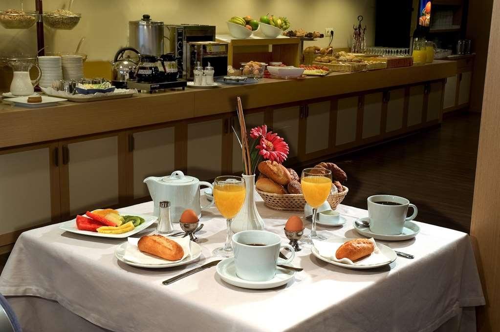 Best Western Hotel Mediterraneo - Restaurant / Etablissement gastronomique