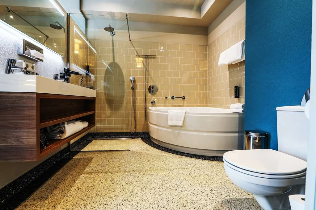 Best Western Plus Hotel Haarhuis - Bagno della camera superior