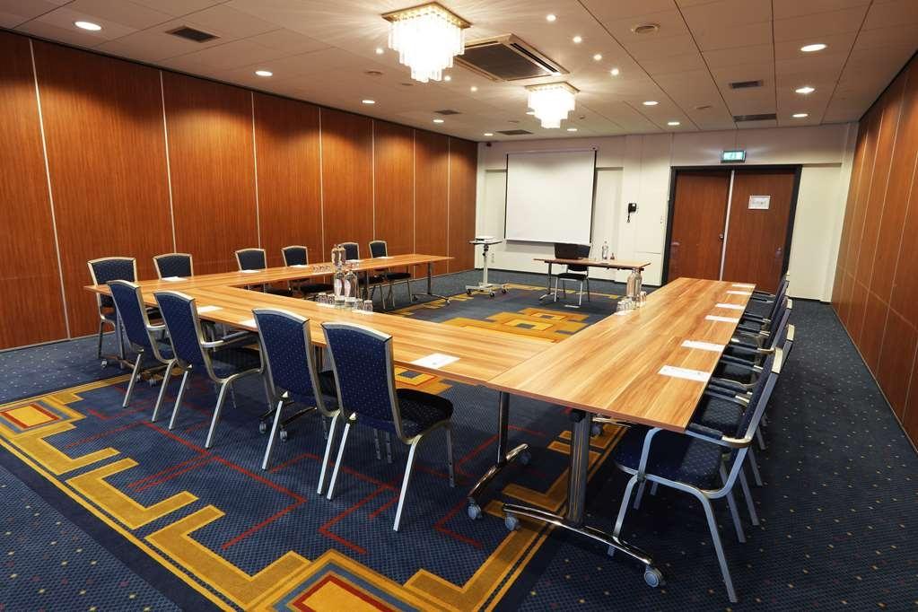 Best Western Plus Hotel Haarhuis - sala riunioni