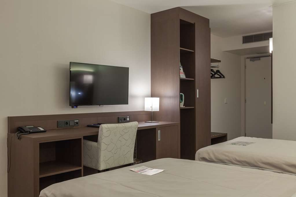 Best Western City Hotel Goderie - Standard Two Twin Bed Guest Room