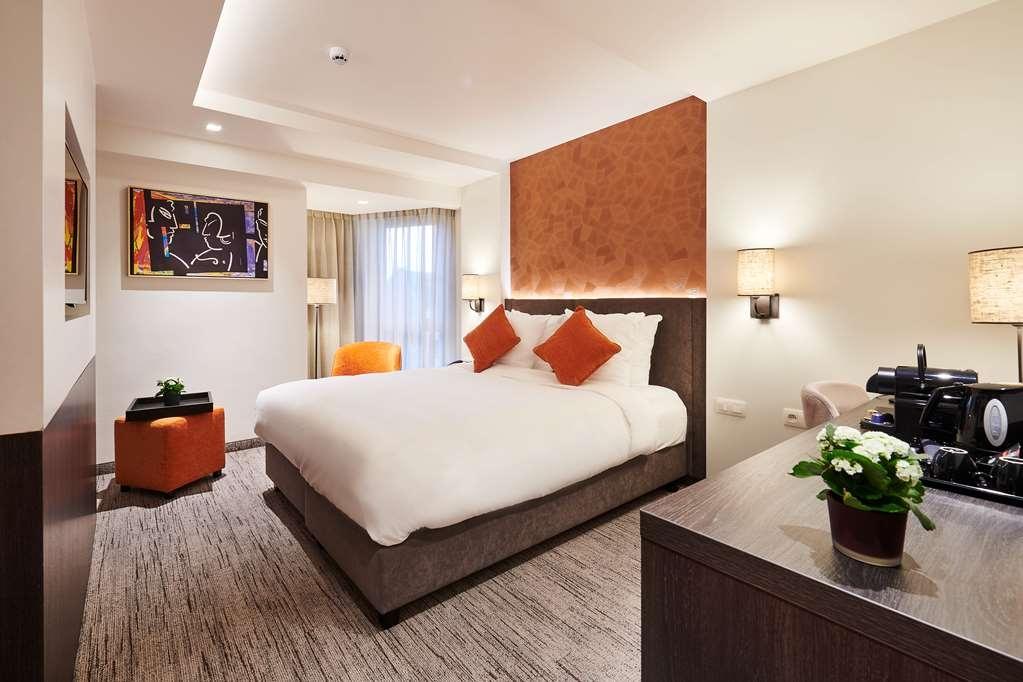 Best Western Premier Keizershof Hotel - Room Queen Deluxe