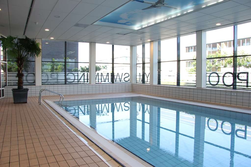 Best Western Plus Amsterdam Airport Hotel - Indoor Pool