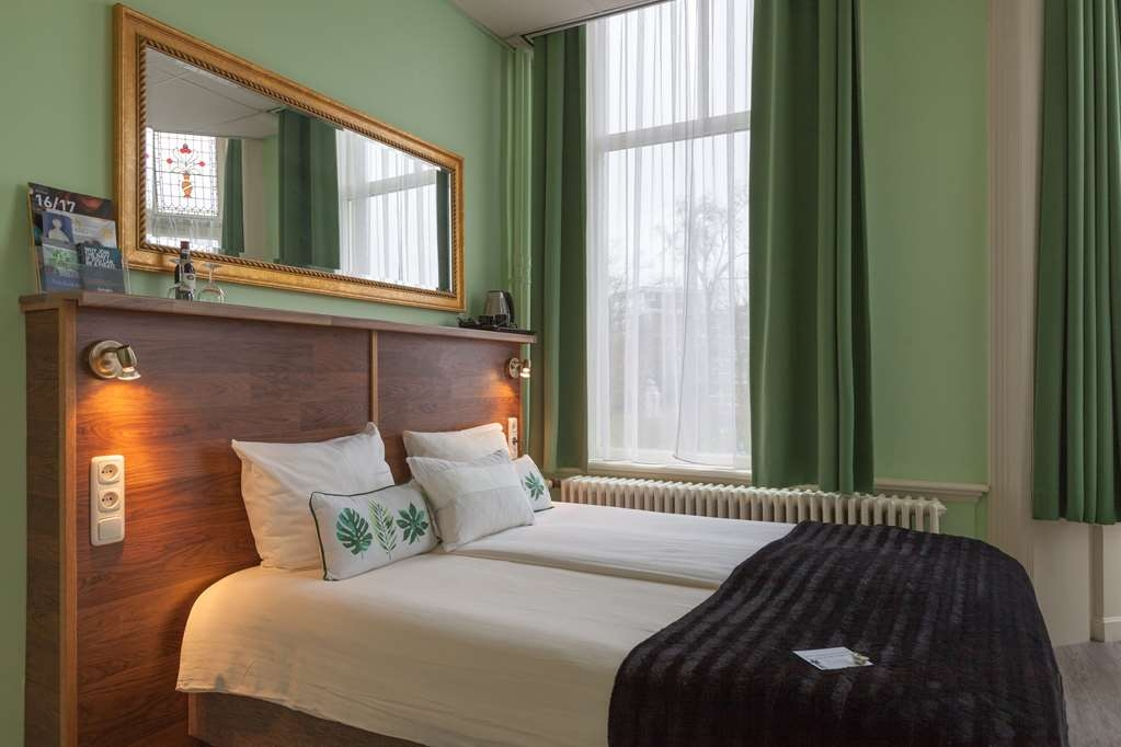 Best Western Hotel Den Haag - Economy Small King Guest Room