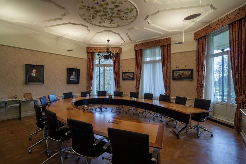 Kasteel de Vanenburg, BW Premier Collection - Besprechungszimmer