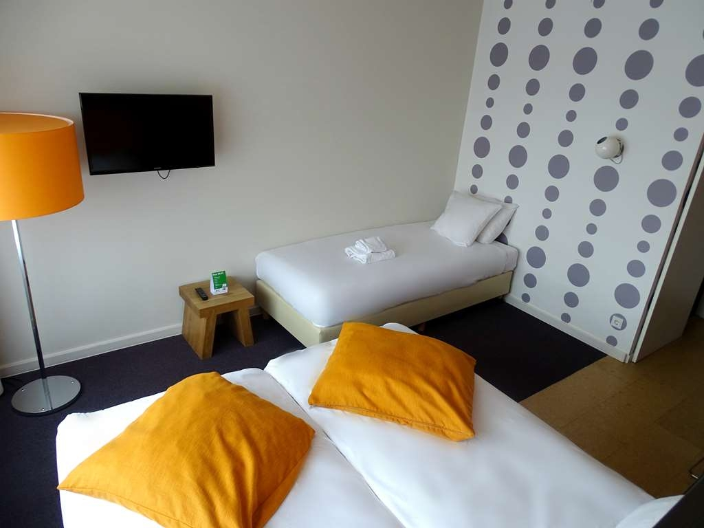 Best Western Plus Rotterdam Airport Hotel - Comfort Room Seperate Beds