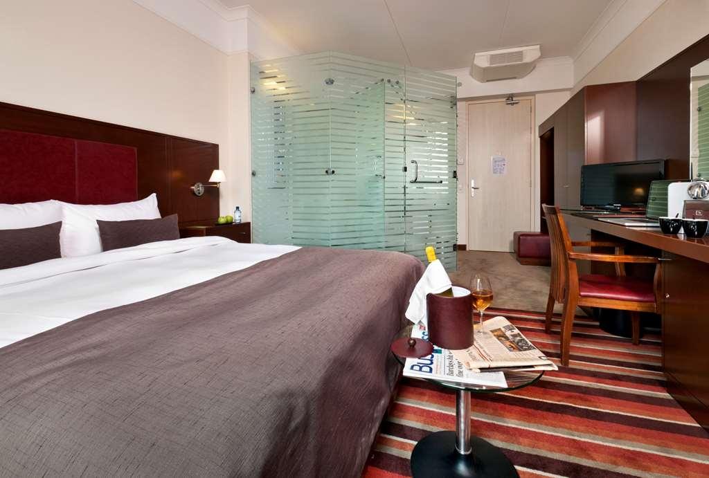 Best Western Plus Grand Winston - Standard Room