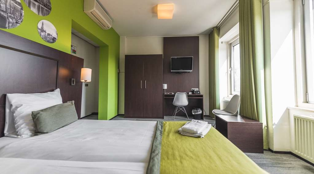 Best Western Hotel Groningen Centre - Classic Room with Two Twin Size Beds