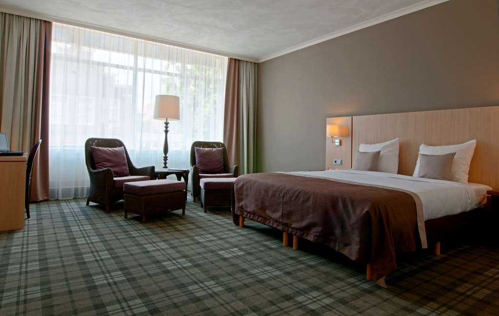 Best Western Hotel Groningen Centre - Superior Room with One King Size Bed