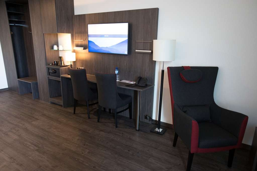 Best Western Plus Plaza Almere - Room Comfort person